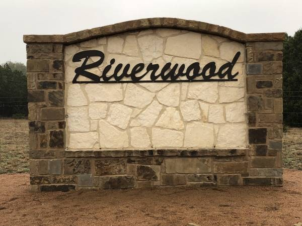 Riverwood Entrance