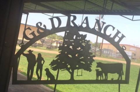 G & D Ranch sign